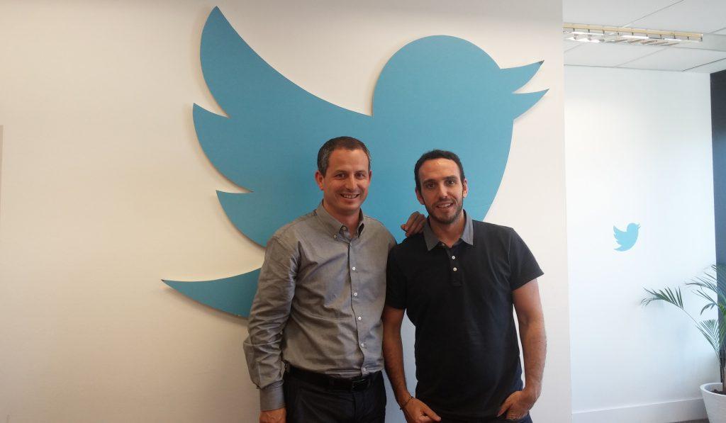 """Twitter dagoeneko """".eus"""" da"""